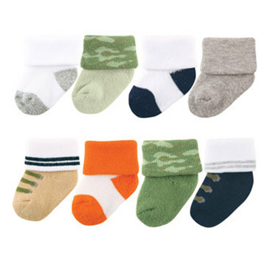 Luvable Friends ถุงเท้า Newborn แพ็ค 8 คู่ ลายทหาร สีเขียว