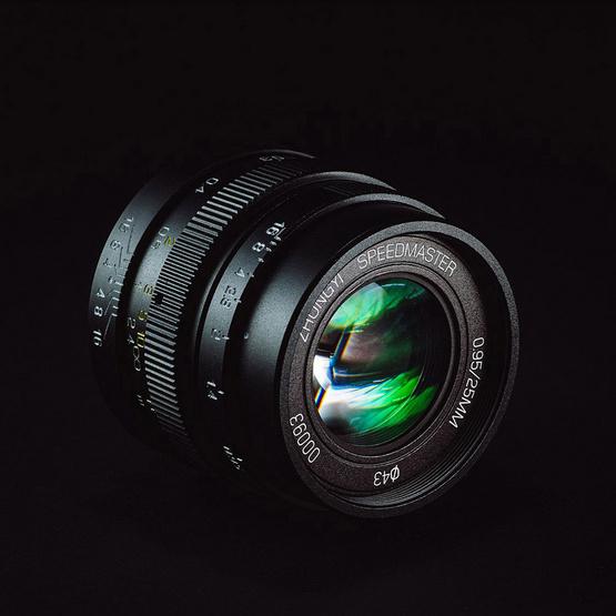 Mitakon Lens 25mm. F0.95MFT