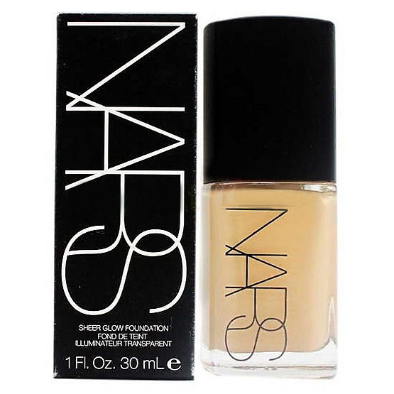 Nars Sheer Glow Foundation # Light 4 Deauville 30ml.