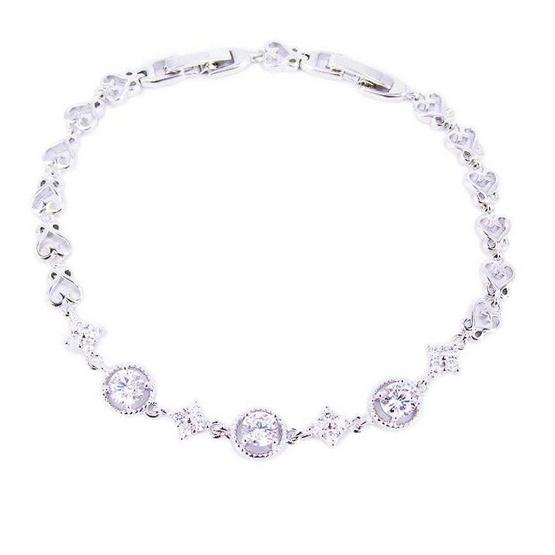Tips Gallery สร้อยข้อมือเพชรรัสเซีย 3.25 กะรัต หุ้มทองคำขาวแท้ 18 K เงิน 925 รุ่น Le M?di?val Floral Design TES062