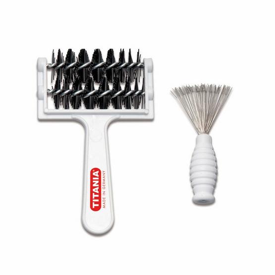 Titania Comb and brush cleaner
