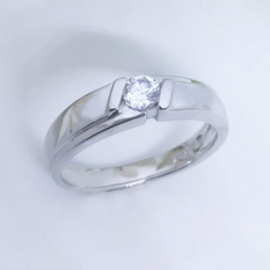 Winnie Jewelry แหวนวันไดมอนด์