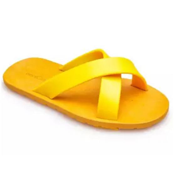 รองเท้า BlackOut หูหนีบ พื้นน้ำตาล หูเหลือง