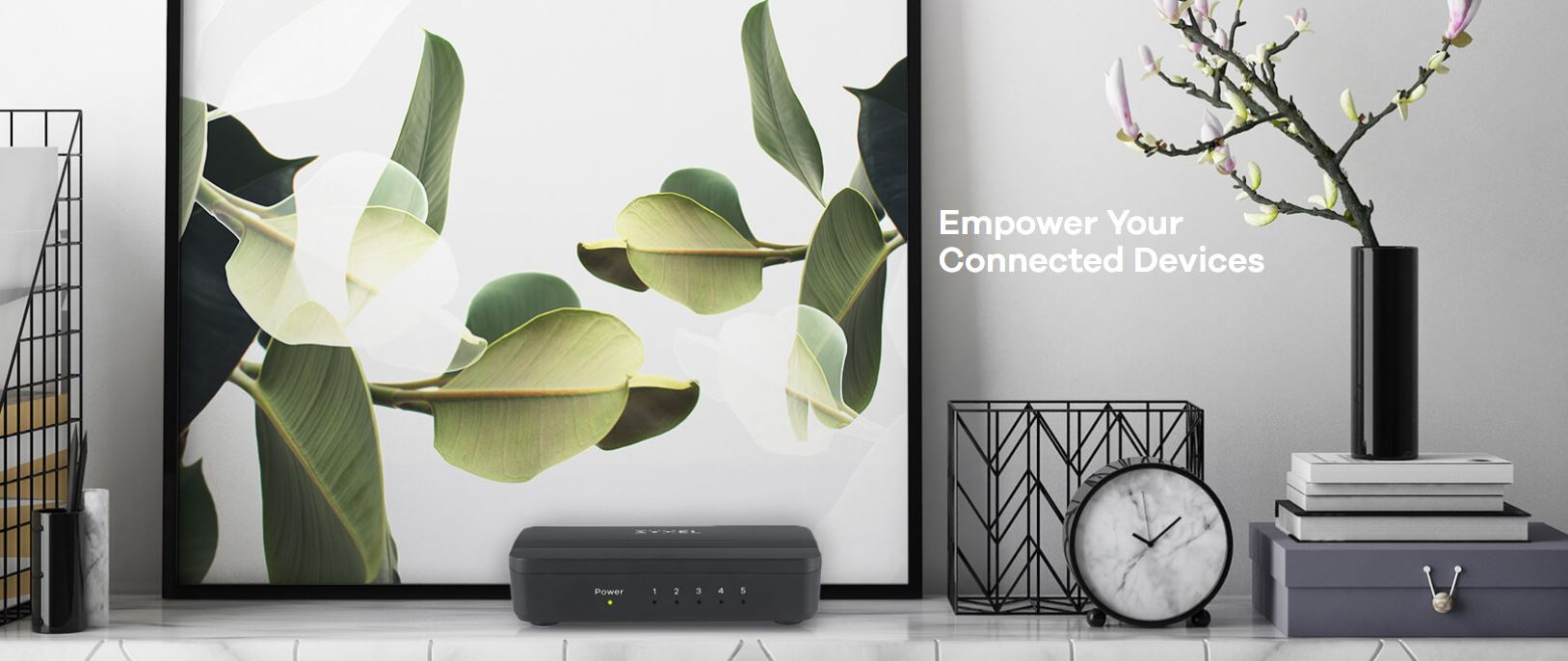 Zyxel GS-105S v2 5-Port Desktop Gigabit Ethernet Media Switch