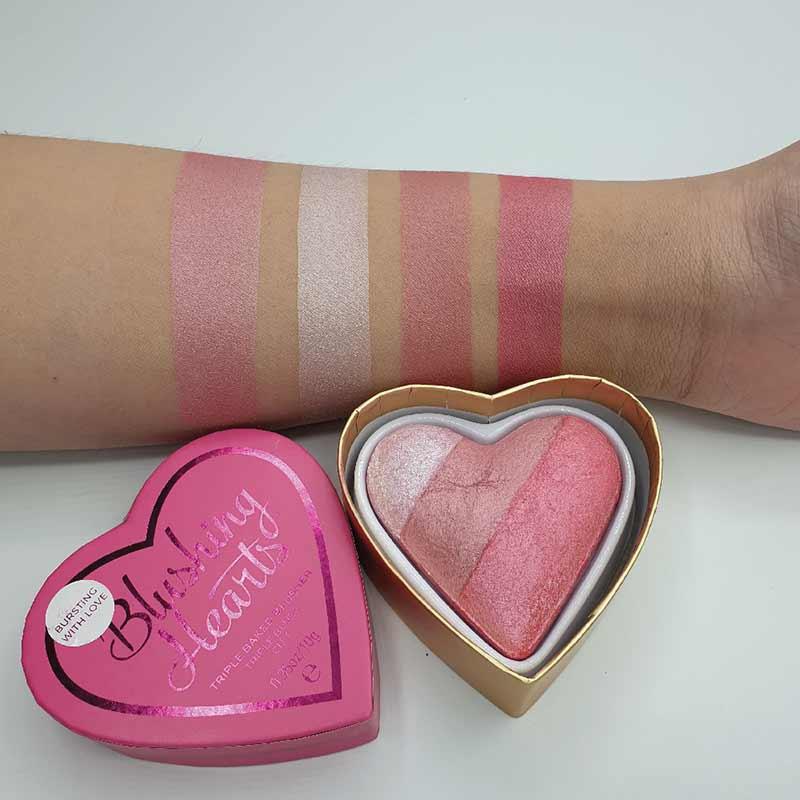 06 Makeup Revolution บลัชออน (I Heart)