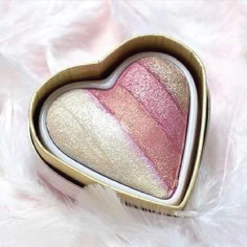 03 Makeup Revolution ไฮไลท์เตอร์ (I Heart)