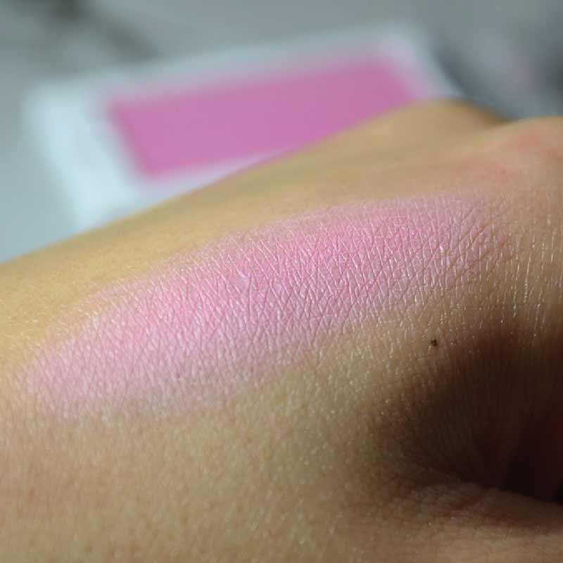 02 Makeup Revolution บลัชออน