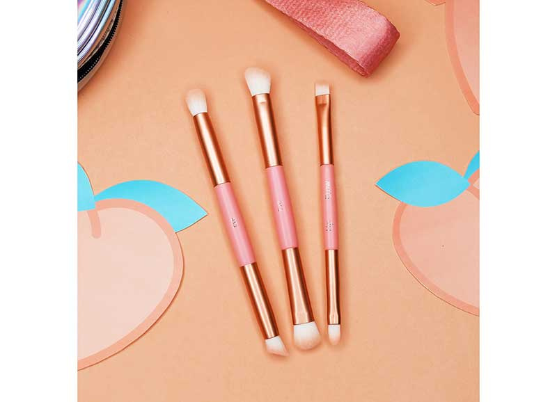 02 BrushToo Peach O'Clock Mini Brush Travel Set 7 pcs