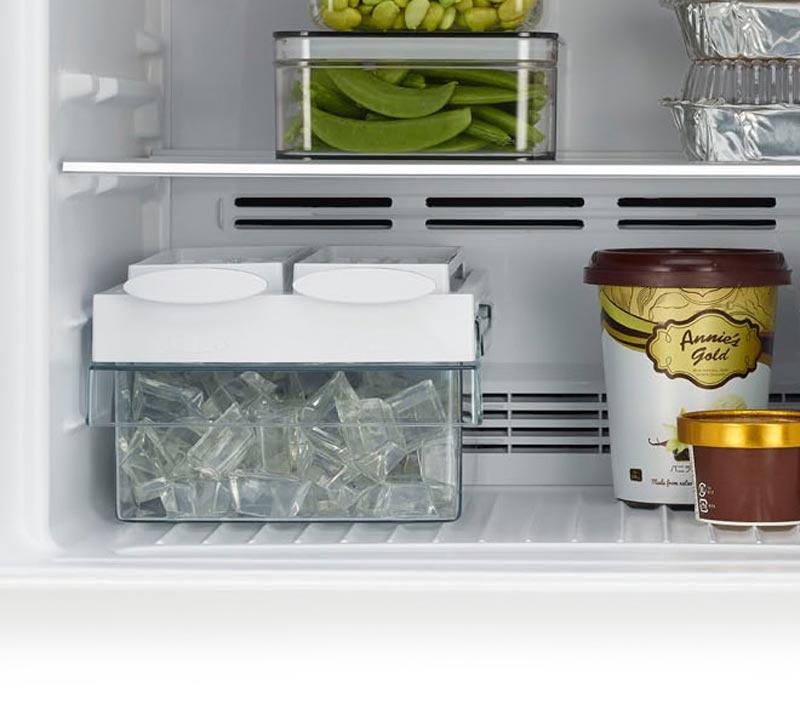Hitachi ตู้เย็น 2 ประตู 8.7 Q รุ่น RH-230PD