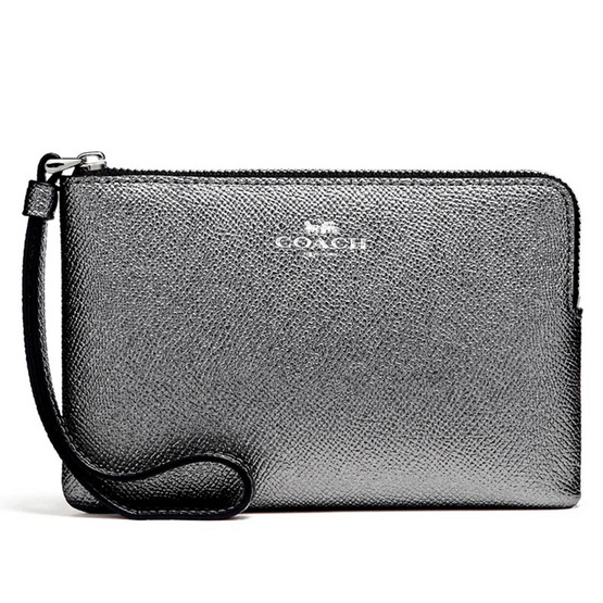 COACH กระเป๋าคล้องมือ F21070 Corner Zip Wristlet in Metallic Crossgrain Leather