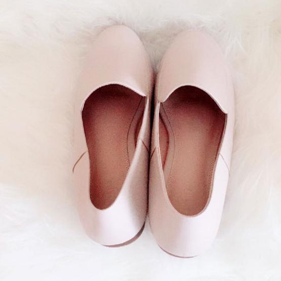Nunnita shoes รองเท้าหนังแท้ รุ่น Flat shoes สี Cream Pink