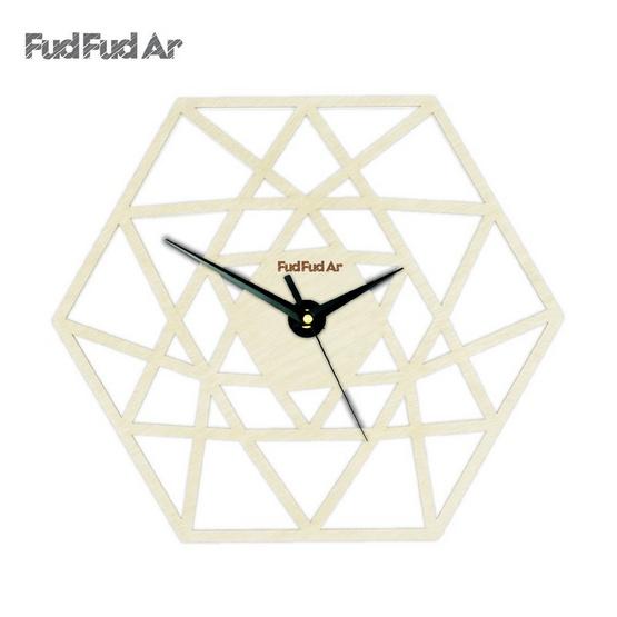 FudFudAr นาฬิกาแขวนผนังขนาด 12 นิ้ว ลายไม้ธรรมชาติ C028N