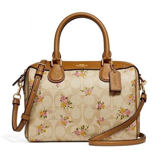 1896d22941aa ... canada coach f31777 mini bennett satchel in signature canvas with daisy  bundle print 0cf14 70015 ...