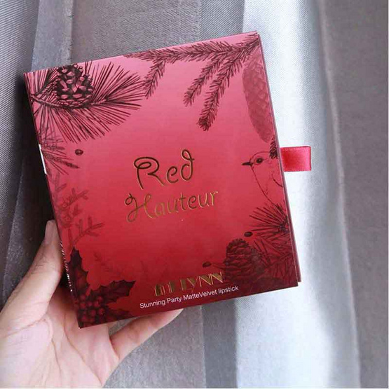 Melynn Red Hauteur Boxset 4pcs (Santa Girl, Winterberry, Pine Cone, Reindeer)