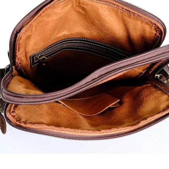 MOONLIGHT กระเป๋าสะพายหนังแท้ สำหรับผู้ชาย รุ่น Pro สีน้ำตาลเข้ม