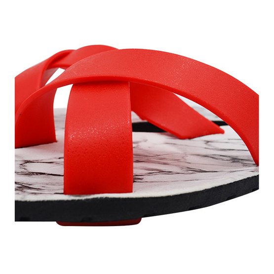 BlackOut รองเท้า รุ่น Cross สีแดง