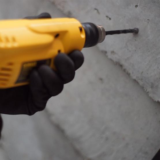 DEWALT สว่านไฟฟ้า DWD014-B1 10มม. 550วัตต์