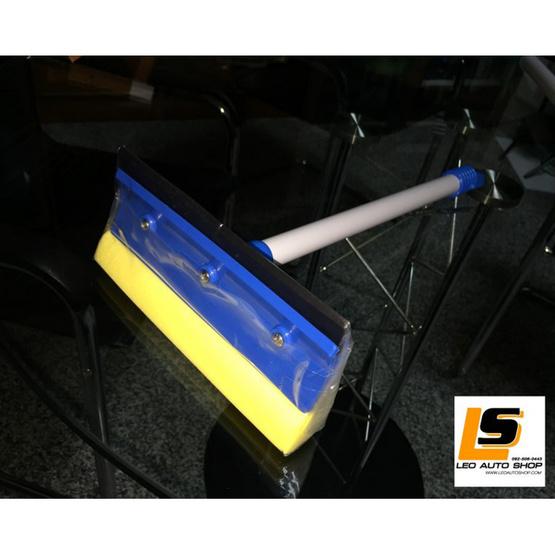 LEOMAX แปรงเช็ดกระจกรถยนต์ รุ่น คราวน์ (ตัวด้ามแปรงยาว 60 ซม)