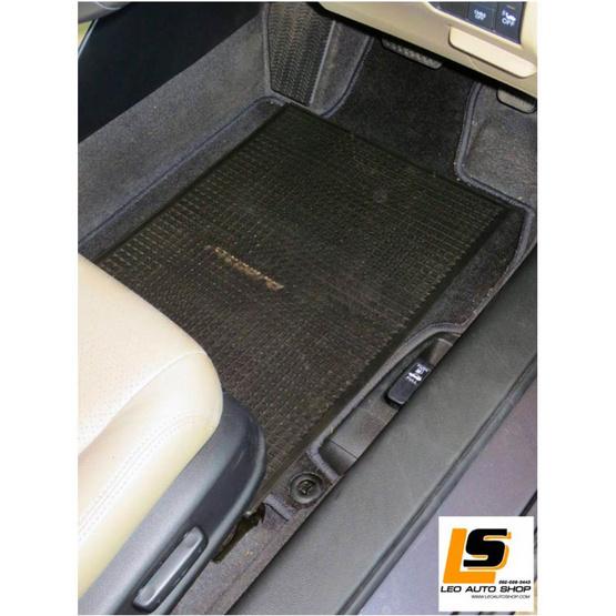 LEOMAX แผ่นเรียบปูพื้นรถยนต์พลาสติก PVC รุ่น Ruby พร้อมปุ่มจิกพื้น (สีดำใส)