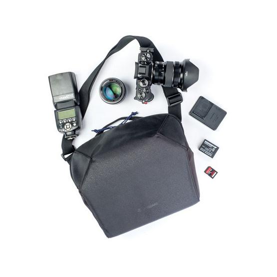 Vanguard กระเป๋ากล้อง รุ่น Vesta Strive 22