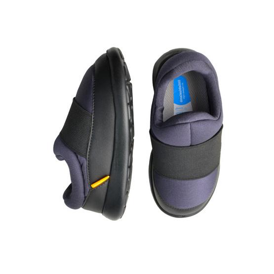 Little Blue Lamb รองเท้าผ้าใบสีดำ