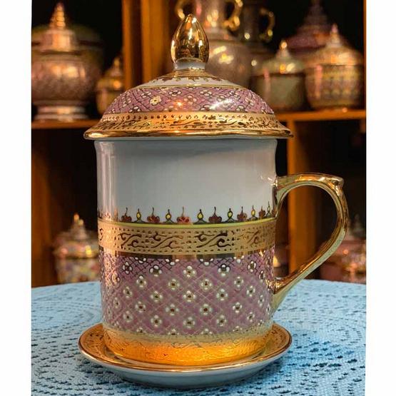 หนูเล็กเบญจรงค์ ชุดแก้วมัคกาแฟ ทองนูนลายดอกมะลิลอย สีชมพู