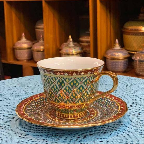 หนูเล็กเบญจรงค์ ชุดกาแฟ + จานรอง ลายพุ่มข้าวบิณฑ์พื้นเขียว