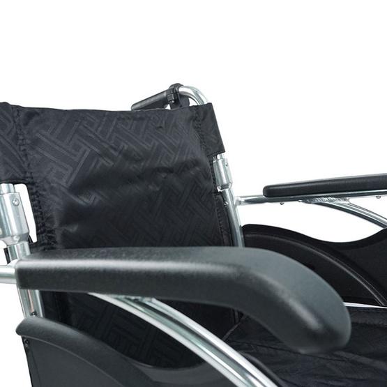 Fasicare TAVEL รถเข็นผู้ป่วยอะลูมิเนียมอัลลอย รุ่น FAL-113BL เบาะสีดำ ล้อแม็กขนาด 40 ซม.