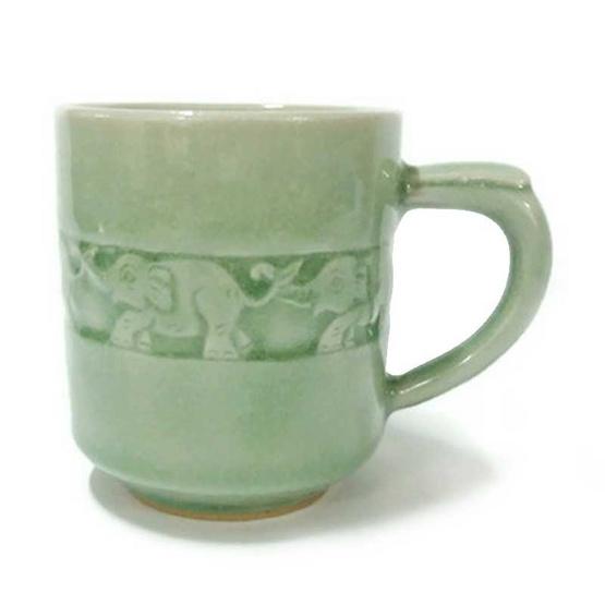 แก้วมัคกระบอก แกะช้าง เคลือบสีเขียว