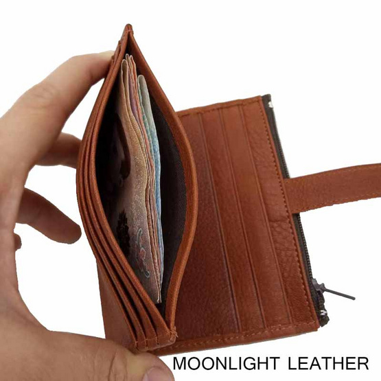 MOONLIGHT กระเป๋าใส่บัตรหนังแท้ รุ่น Winn สีน้ำตาลอ่อน