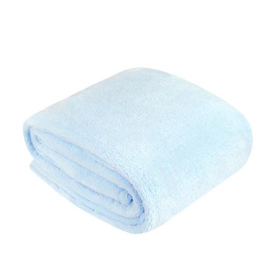 Aena ผ้าห่มขนนุ่ม Pastel Blue  80x90 นิ้ว สีฟ้า