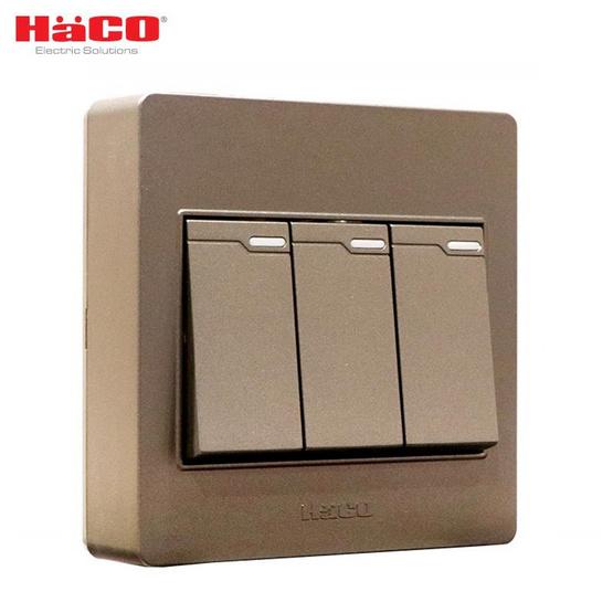 HACO ชุดสวิตซ์ 1 ทาง 3 ช่อง M3N-S31-CC สีช็อคโก้
