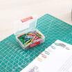 Deli 0024 ลวดสีเสียบกระดาษ (100 ตัว/กล่อง)